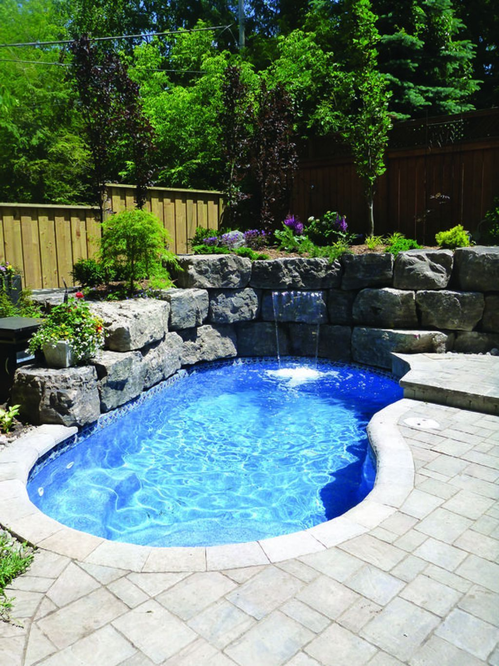 Amazing Pool Ideas Perfect For Small Backyards Decor Around The World Small Inground Pool Small Pool Design Small Swimming Pools