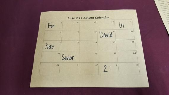 Luke 2:11 Advent Calendar - Printable Version #numerocalendrieraventaimprimer
