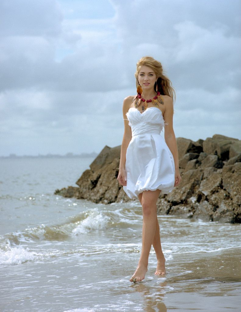 Alena Fede Spring Bridal Line 2014 Http Www Waxecstaticmag Com All Alena Fede Bridal 2014 Land Sea White Dress Bridal 2014 Fashion