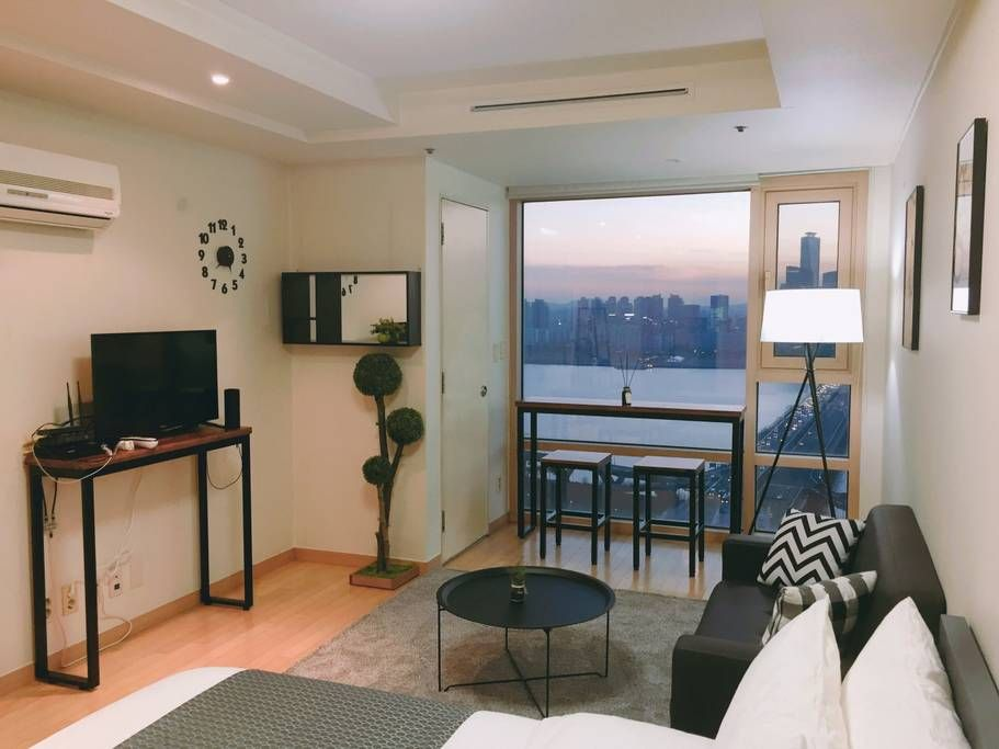 Apartment With Han Gang View