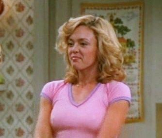 Lisa Robin Kelly Laurie Sitcoms Online Photo Galleries Lisa Robin Kelly 70s Show Outfits 70s Inspired Fashion