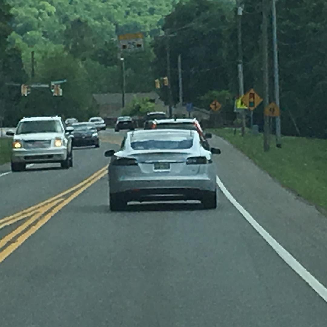 Perfectly centered! Tesla ModelS Spotted Nashville