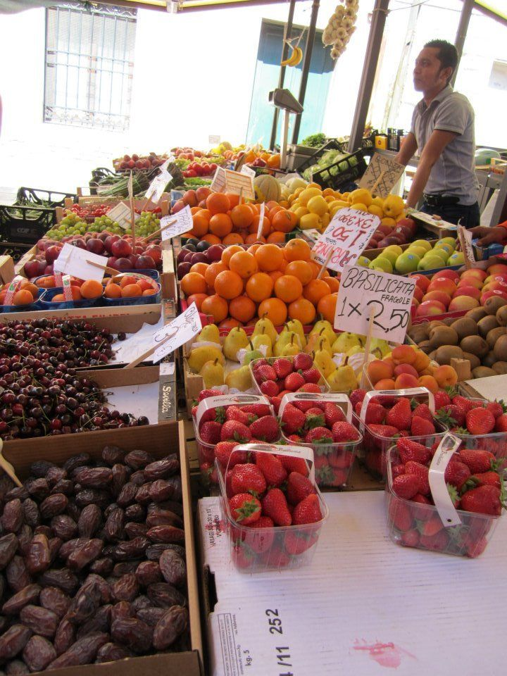 Fruit Market in Venice