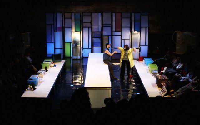 AYUDANTE DE ESCENOGRAFÍA | Escenografía, Teatro y El beso