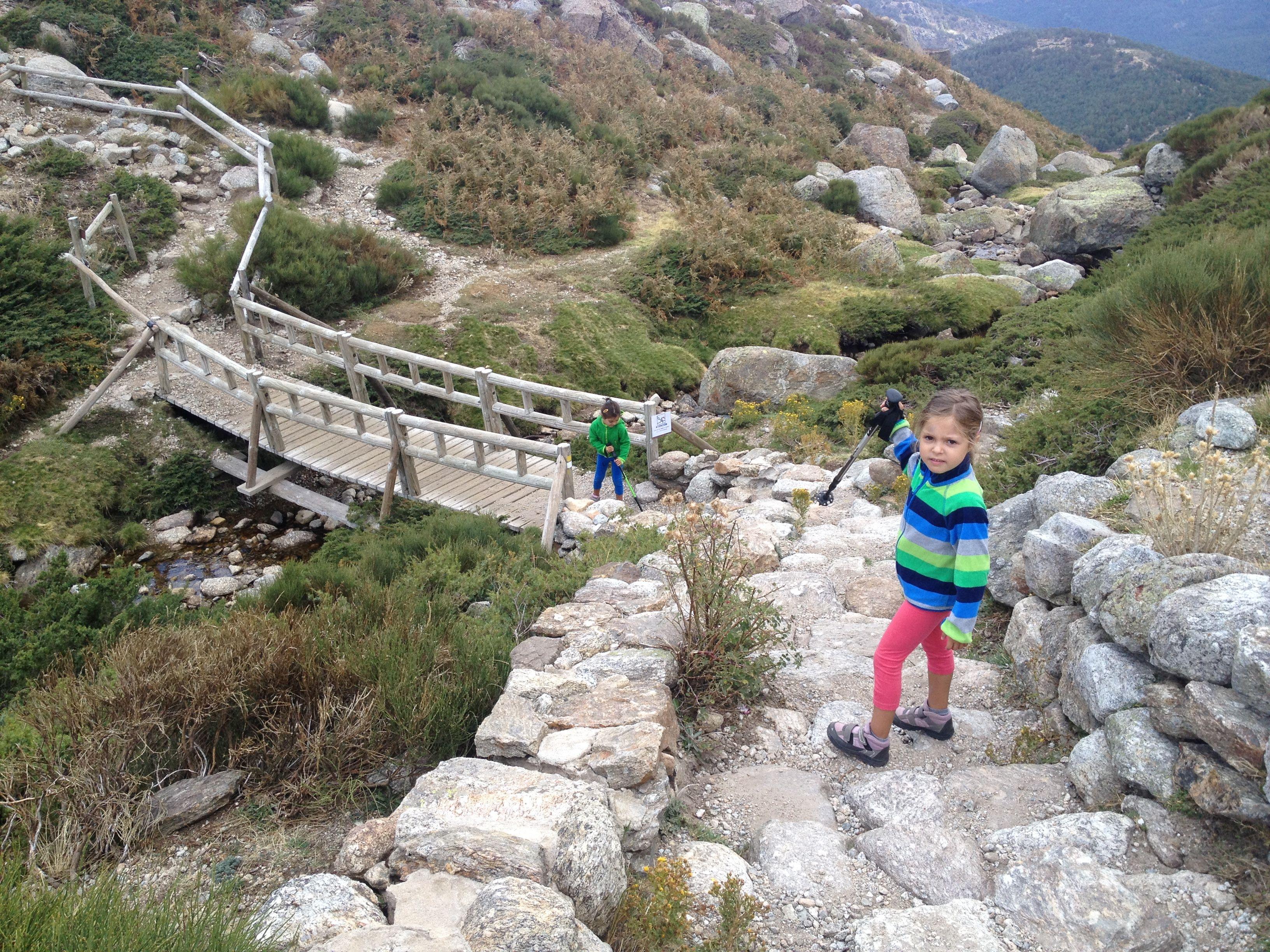 Caminando entre antiguos glaciares ruta de laguna grande - Sitios con encanto cerca de madrid ...