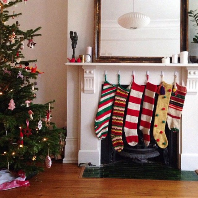 All The Holiday Decor In This Actress S Home Is From Homegoods Holiday Decor Christmas Interiors Christmas