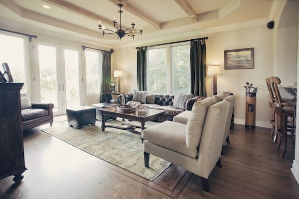 An Peaceful Living Space Furnishings Design Living Spaces