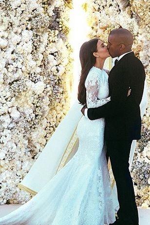 Iconic Wedding Dresses Kim Kardashian M Kanye West In