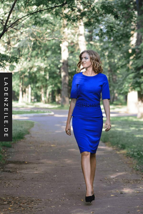 Kombinieren blaues kleid kurz Navy Blaues