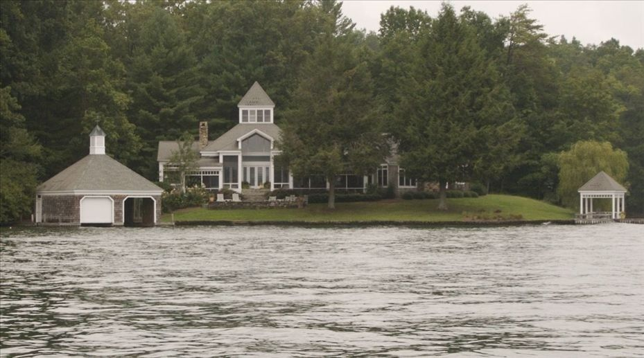 House vacation rental in lake burton from