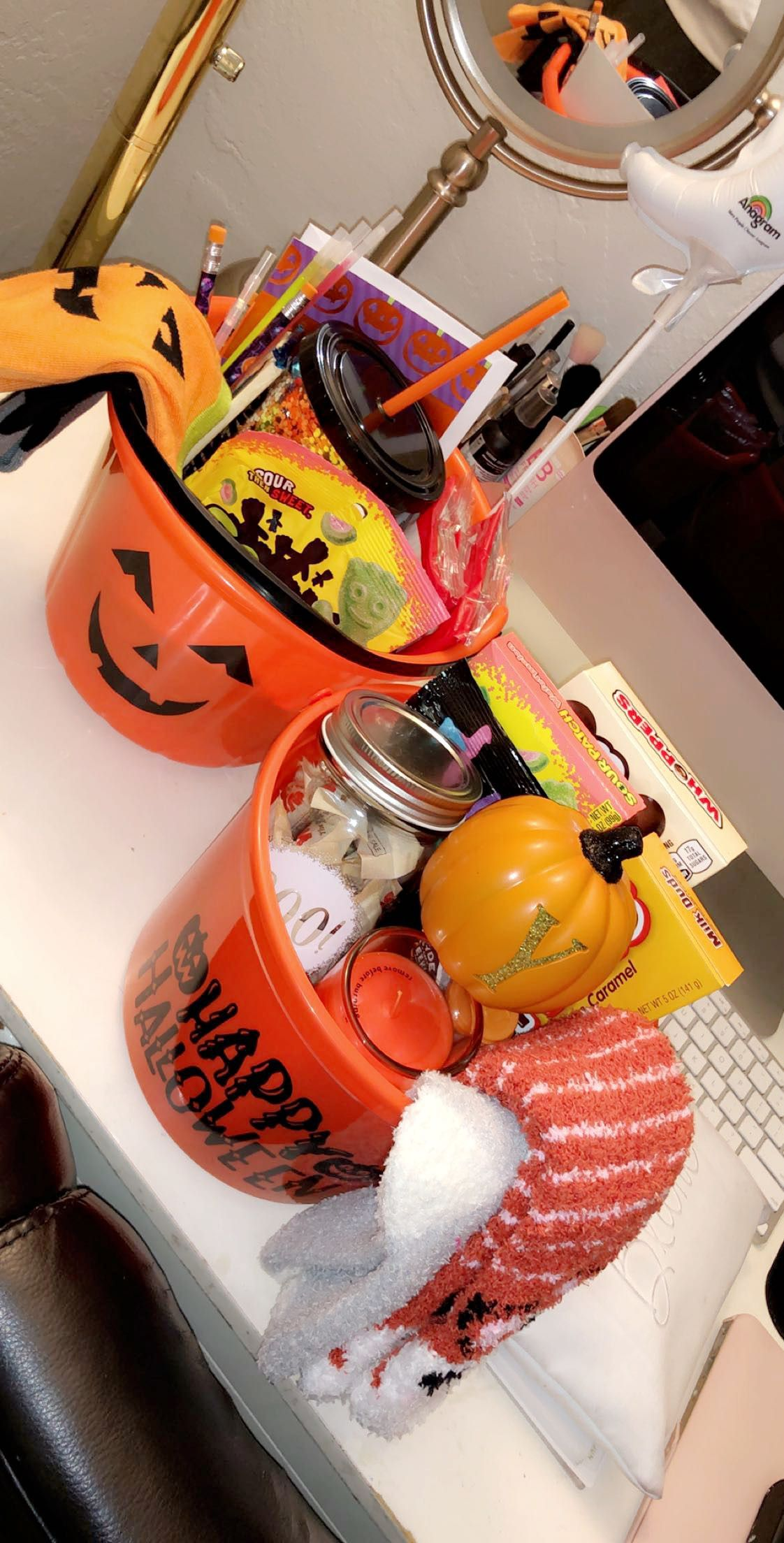 Spooky halloween gift baskets
