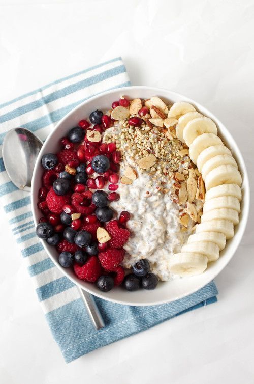 Vanilla Overnight Oat Breakfast Bowl with Fruit from on foo  Kids