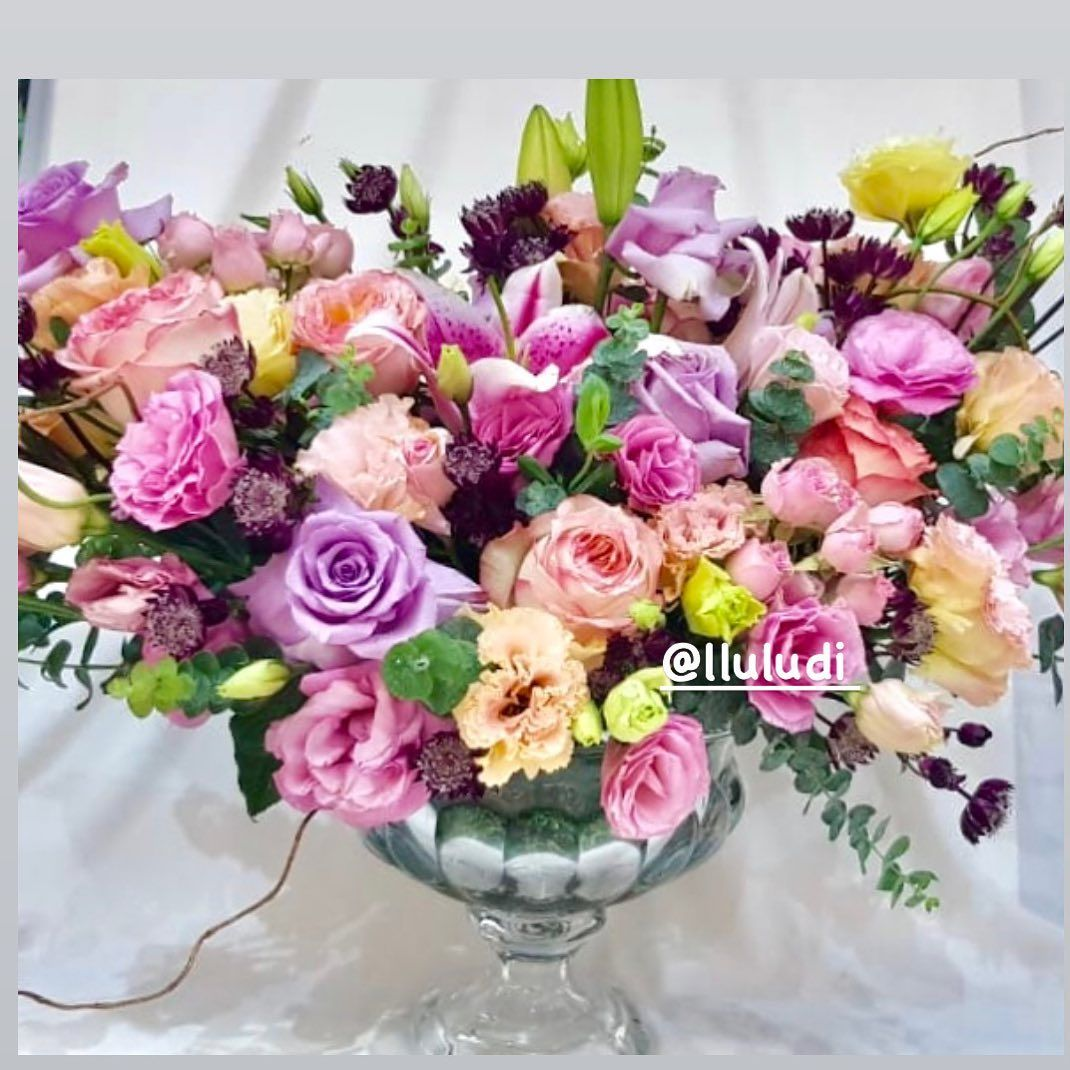 🌸🌺💗 . . #أبوظبي #هدايا #dubai #باقة #ورد_طبيعي #دبي #العين #بوكيه #تصوير #gifts #pretty #الشارقة #bridesbouquet #beautiful#girel #instagood #hbd #instaflower#party #plant#pink#london#friends#occasionl#ورد#love##colorful#amazing#bridal