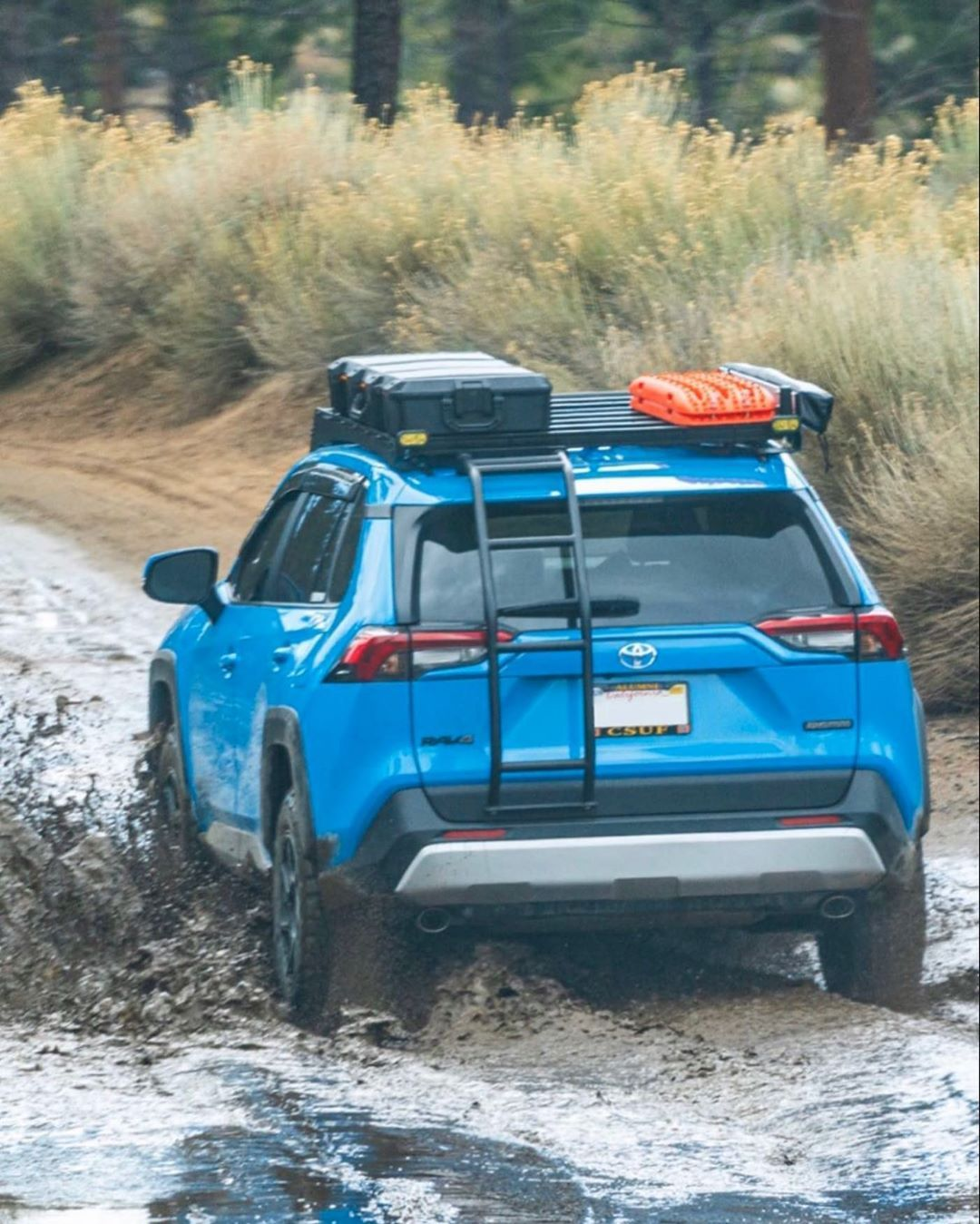 Toyota Rav4 Fabrication On Instagram Beast Mode If You Haven T Already Check Out This Guys Page Blueyota4 Rav4community Che In 2020 Toyota Rav4 Rav4 Toyota Suv