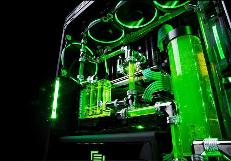 The Maingear R1 Razer Edition Is The Liquid Cooled Desktop Pc Of