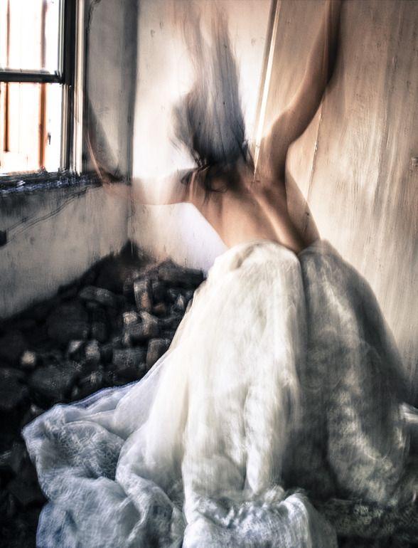 "Saatchi Online Artist: Giulia Pesarin; Color, 2013, Photography ""L'espérance s'en va battant les murs"""