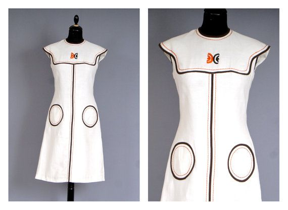 Vintage Couture MADAM HOCKEDE Nancy 60s Mod Monochrome shift dress....