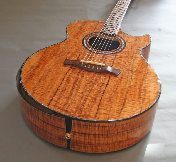 most beautiful acoustic guitars bing images guitars to love acoustic guitar guitar. Black Bedroom Furniture Sets. Home Design Ideas