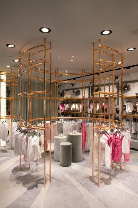 Luxury children s boutique bambini by denis koustic for Boutique pret a porter decoration