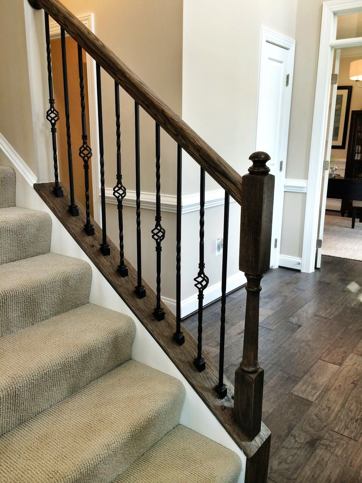 Best Ryan Homes Build Love The Metal Balusters Building A 400 x 300