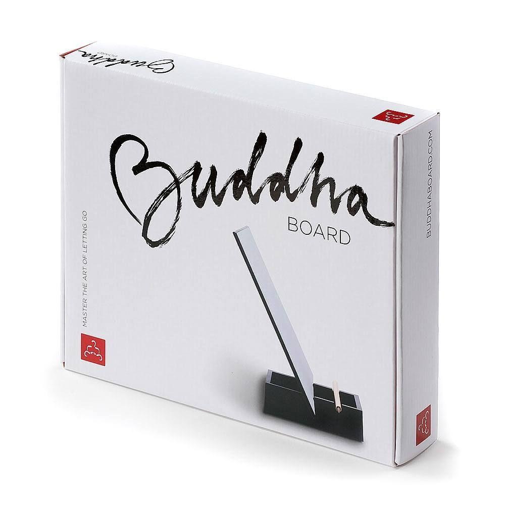 Schilderen op het speciale oppervlak van het buddha board met water: De schildering zal eerst donkerder worden en vervolgens weer langzaam vervagen totdat hij weer helemaal weg is. Erg Zen, blijft intrigerend en je kunt er niet langslopen zonder er wat op te schilderen.