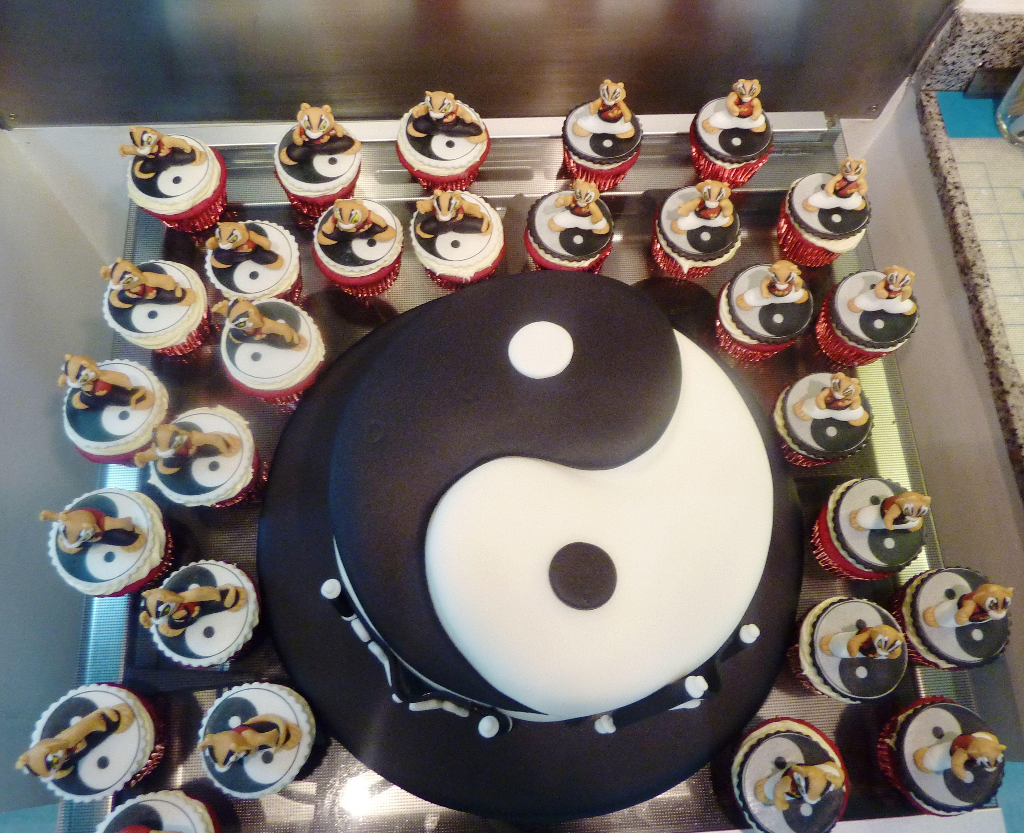yin yang cake designs