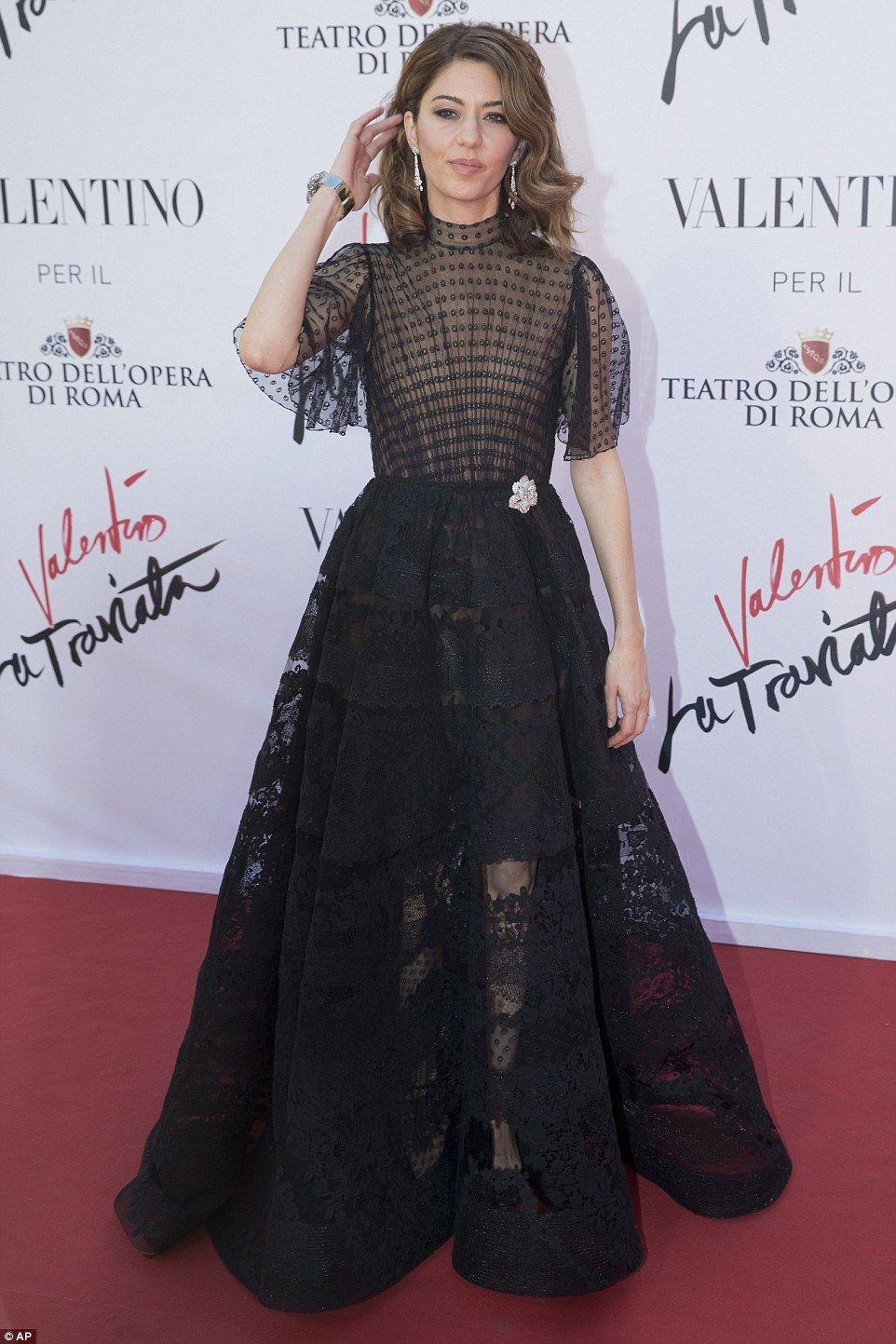 Kim kardashian stuns at premiere of sofia coppolaus opera sofia