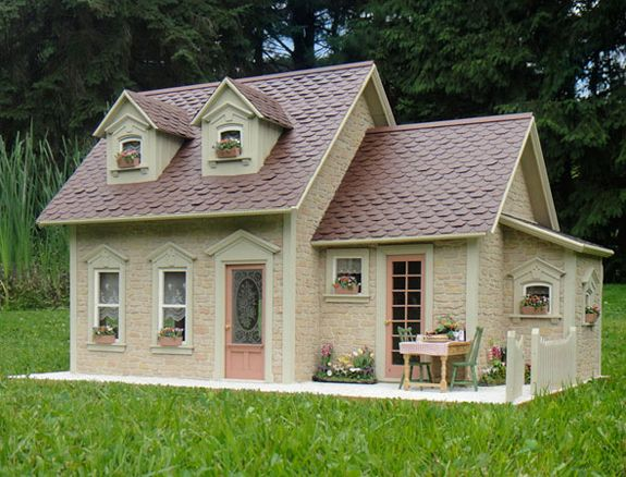 Stone Cottage dollhouse. Gorgeous interior! Her houses are beautiful and realistic - always the final goal!