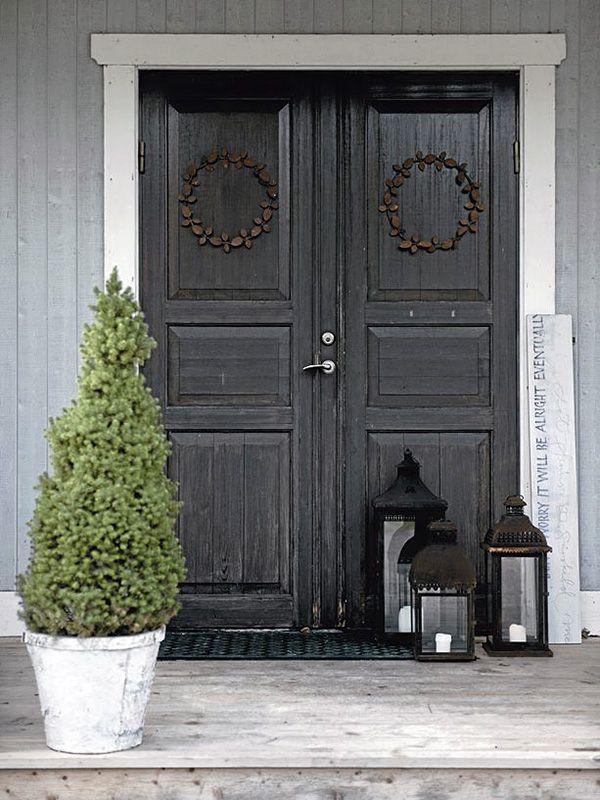 Warm Welcome 玄関引戸 黒いドア アンティーク インテリア