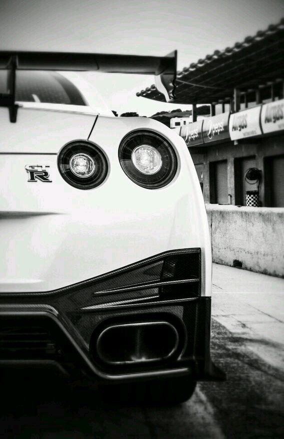 Nissan Gtr Iphone Wallpaper Wallpaper Autos Pinterest Nissan