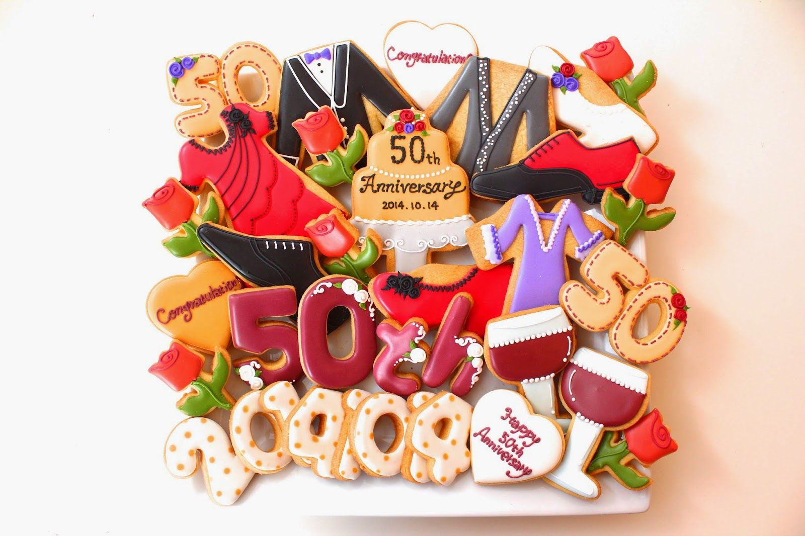 Sweeten your day.: 金婚式のアイシングクッキー 50th anniversary icing cookies