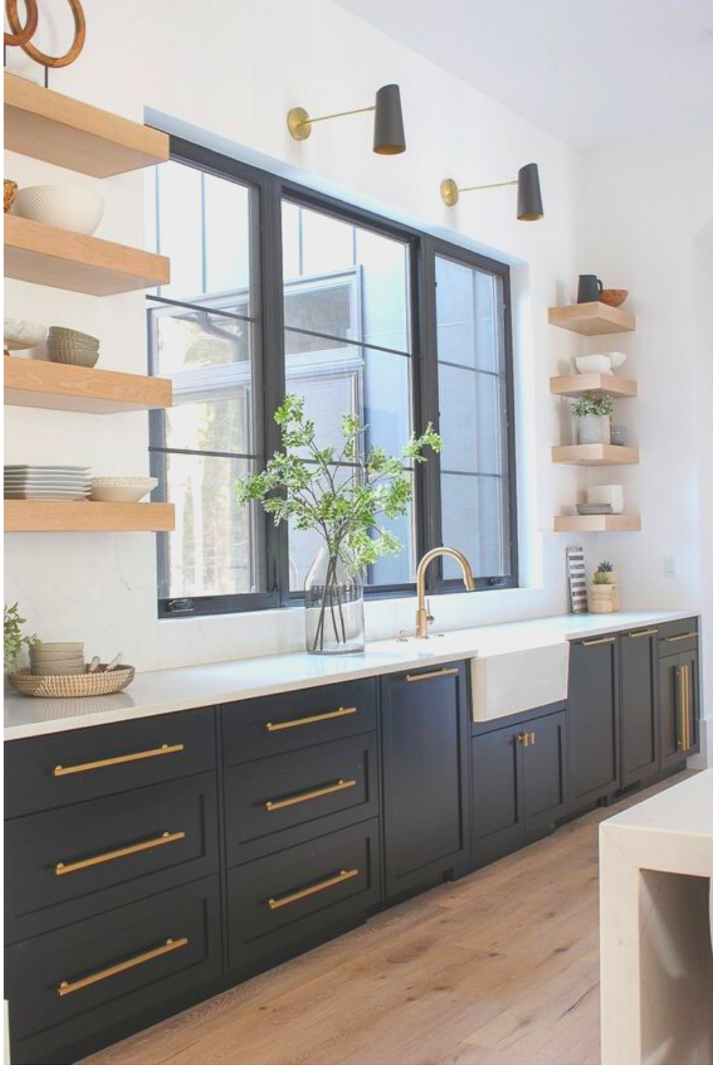 35 The Best Kitchen Paint Colors According To Top Designers In 2020 Interior Design Kitchen Painted Kitchen Cabinets Colors Black Kitchen Cabinets