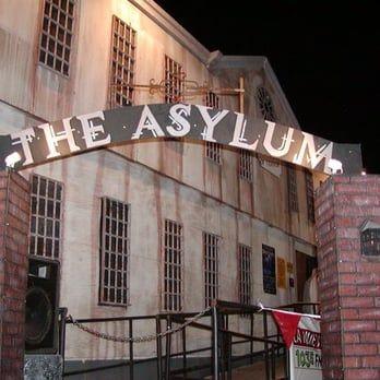Photos For Asylum And Hotel Fear Haunted House Yelp Asylum Halloween Insane Asylum Halloween Office Halloween Decorations