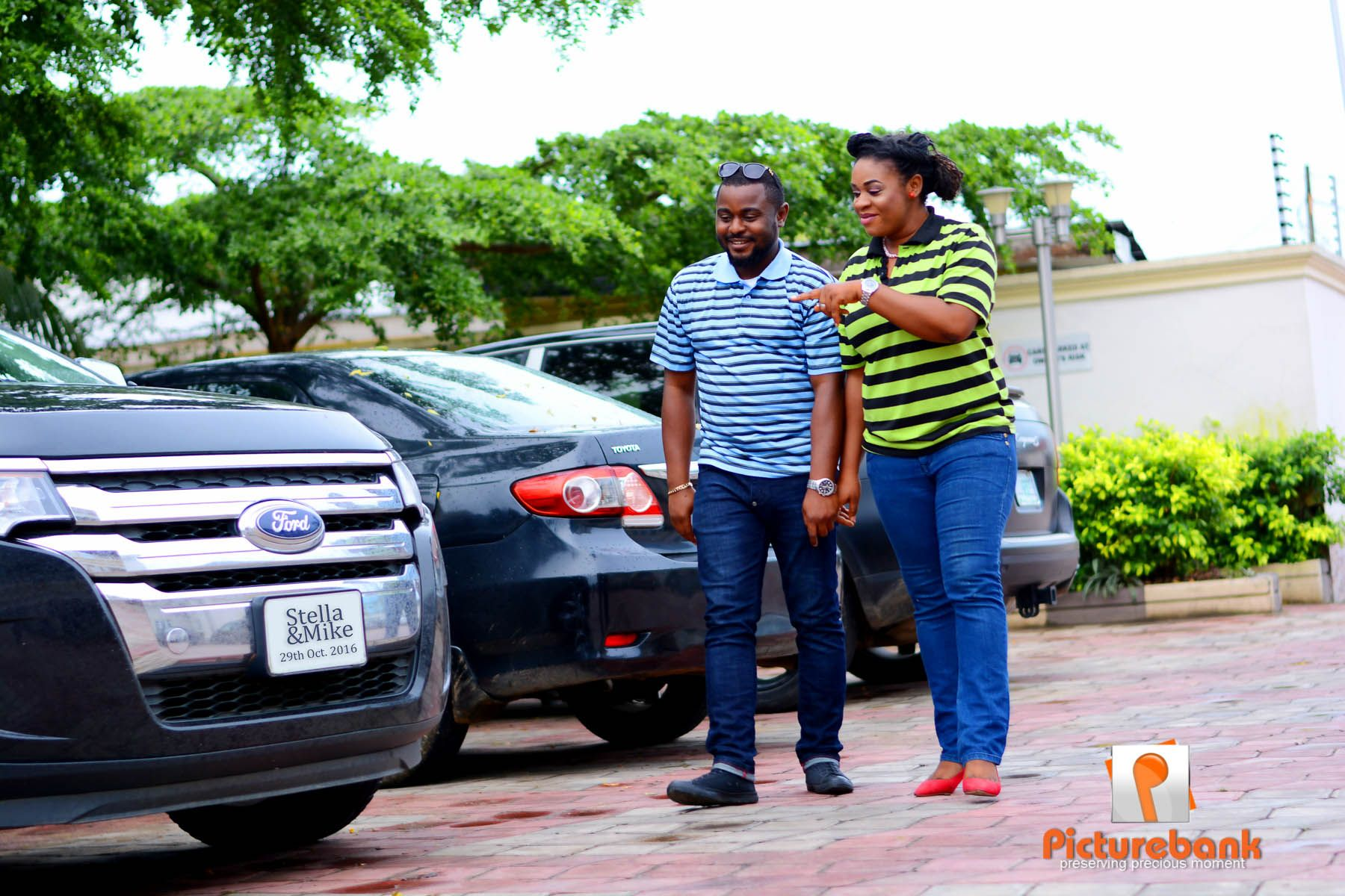 She was so excited after saying yes and can't wait for 29th 0ctober #picturebankng #picturebankpreweddings #picturebankweddings