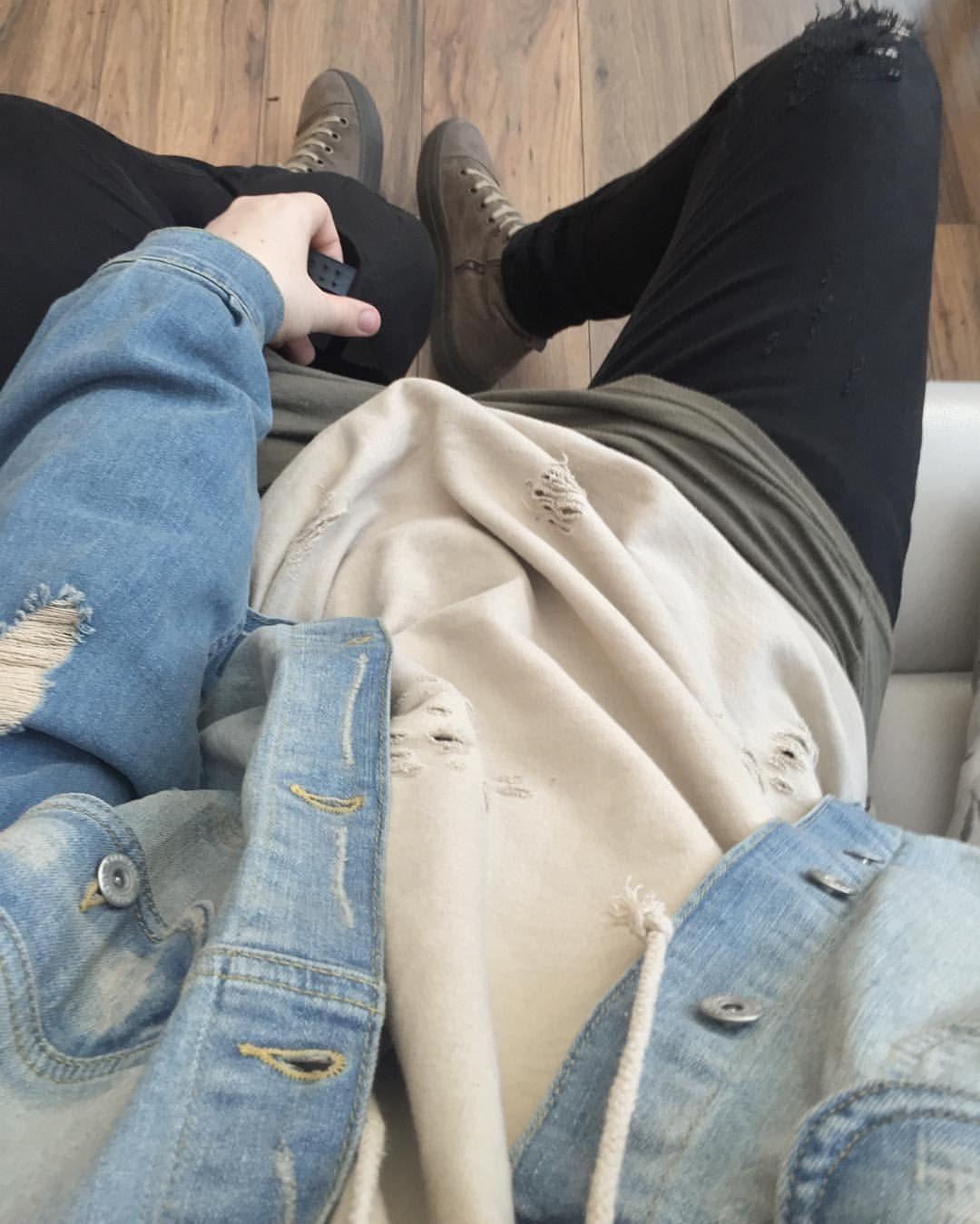 Facexless On Instagram Blue Cream Representclo Blue Cream Denim Jacket Olive Under Tee Black Hoodie Outfit Men Modern Mens Fashion Mens Street Style [ 1349 x 1080 Pixel ]