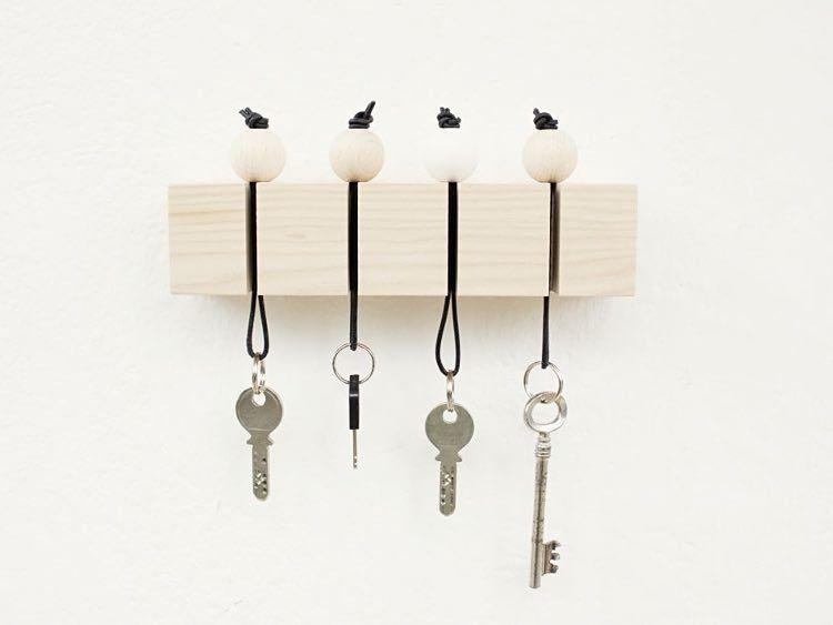 Tutoriel DIY Fabriquer un porte-clés mural avec des perles en bois