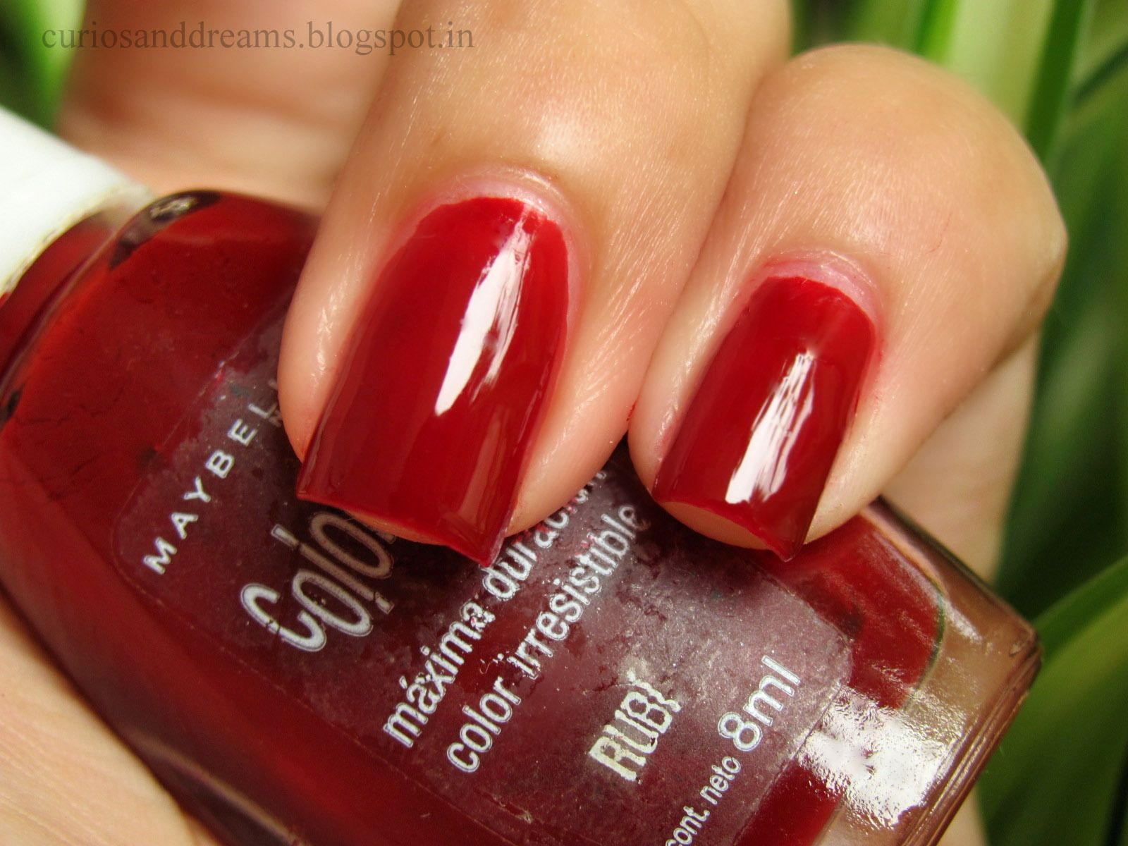 Perfect Blood Red Nails! #nailpolish #red #maybelline #colorama ...