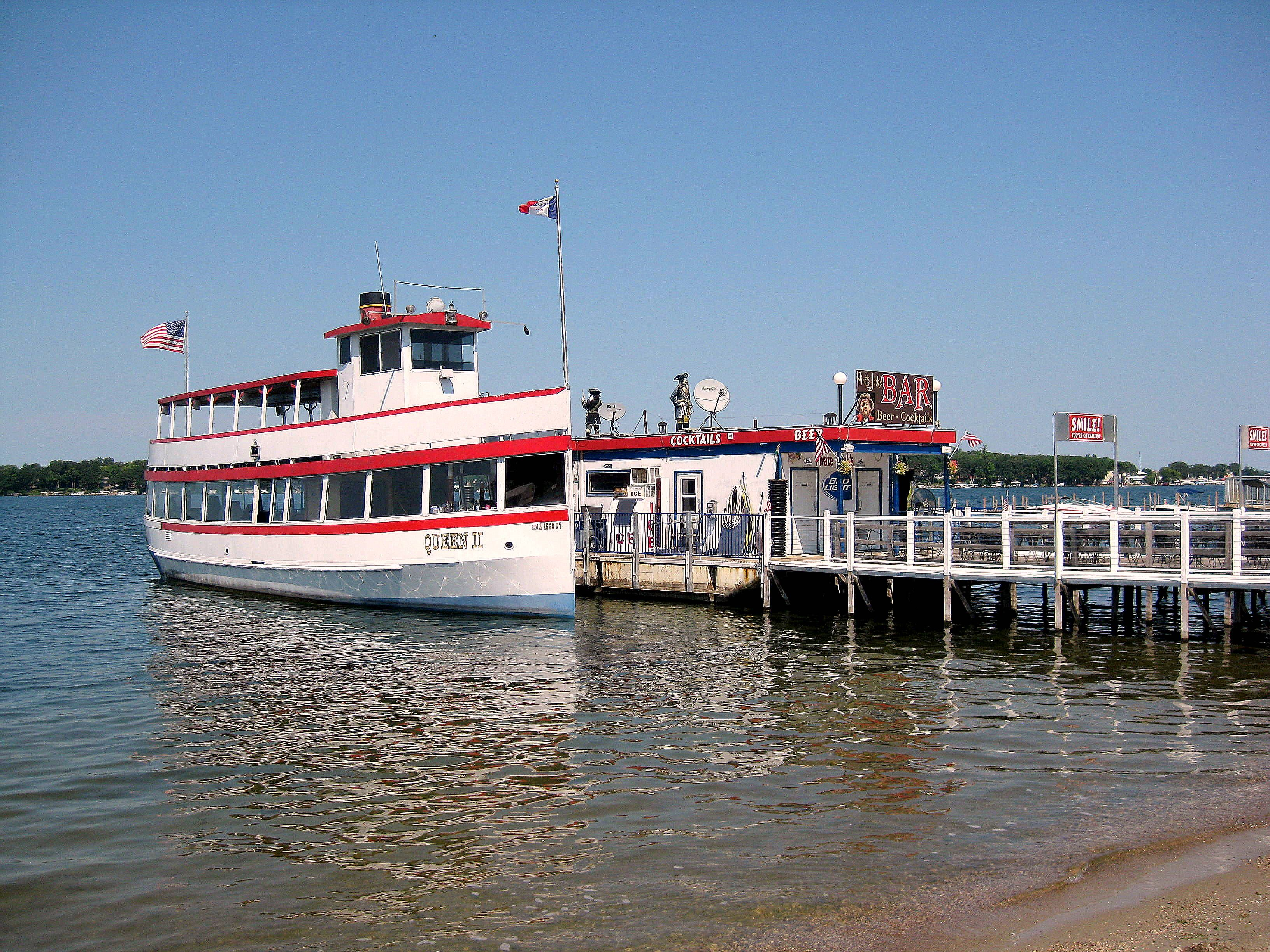 in great s okoboji iowa lake do lakes living amusement cabin rentals to arnold top things midwest cabins travel park