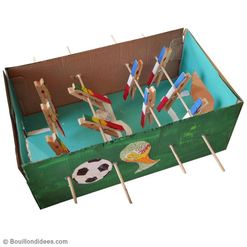 Fabuleux DIY baby foot en carton - Idées conseils et tuto Activité manuelle  SP82