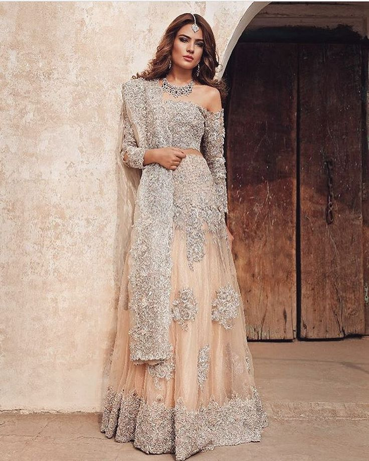 Indian Dresses Pakistani Party Wear Wedding Couture Lehenga Engagement Outfit