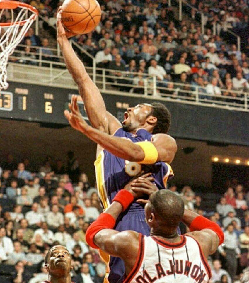 Kobe Bryant vs Hakeem Olajuwon Kobe bryant black mamba