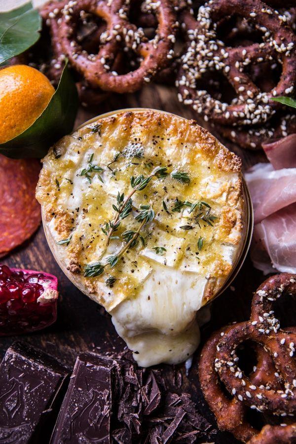 Caramelized Garlic Honey Baked Brie with Seasoned Pretzels (EASY