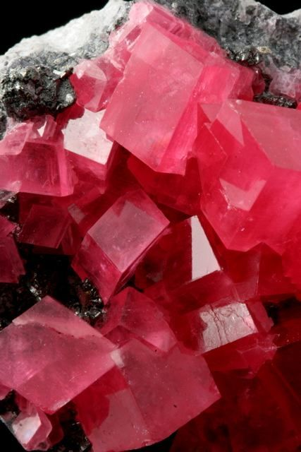 Rhodochrosite On Tetrahedrite From Sweet Home Mine Nates Pocket Alma