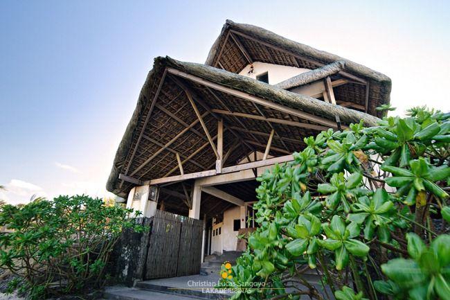 Kapuluan Vista Resort's Inviting Gates