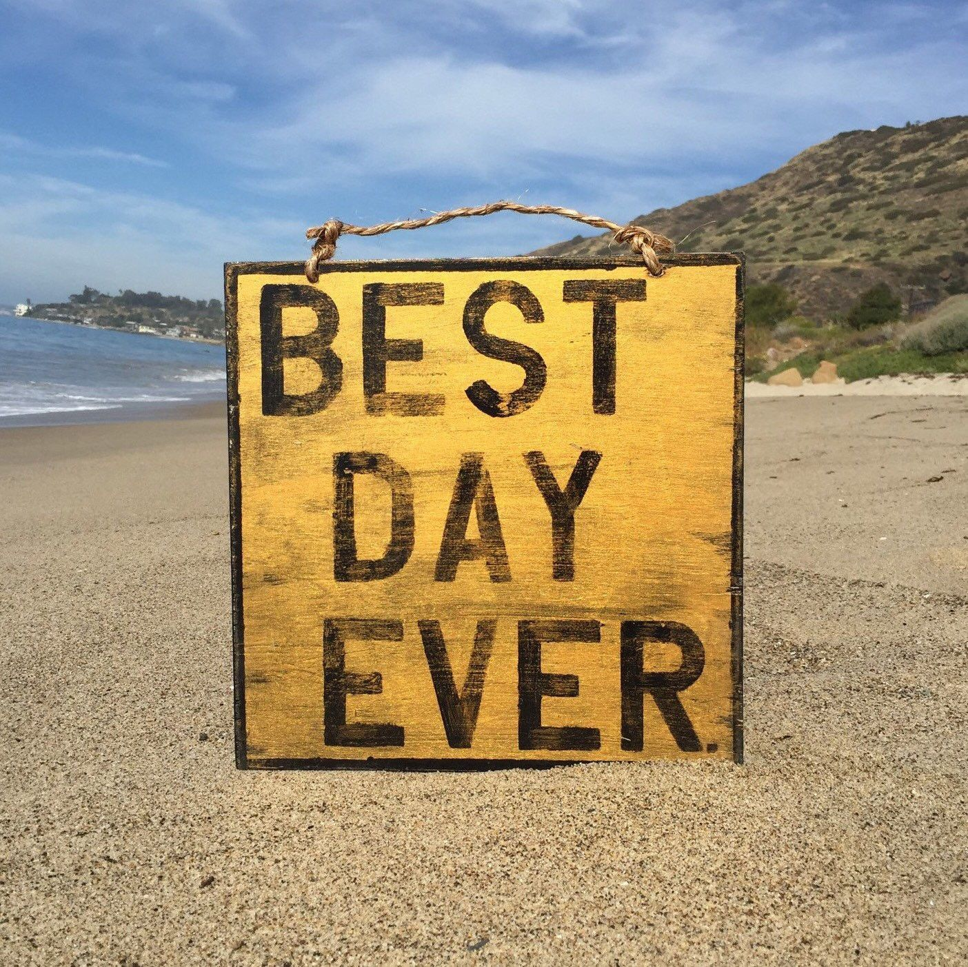 Best Day Ever Wood Sign - Gold | Wood signs, Positive vibes and Twine