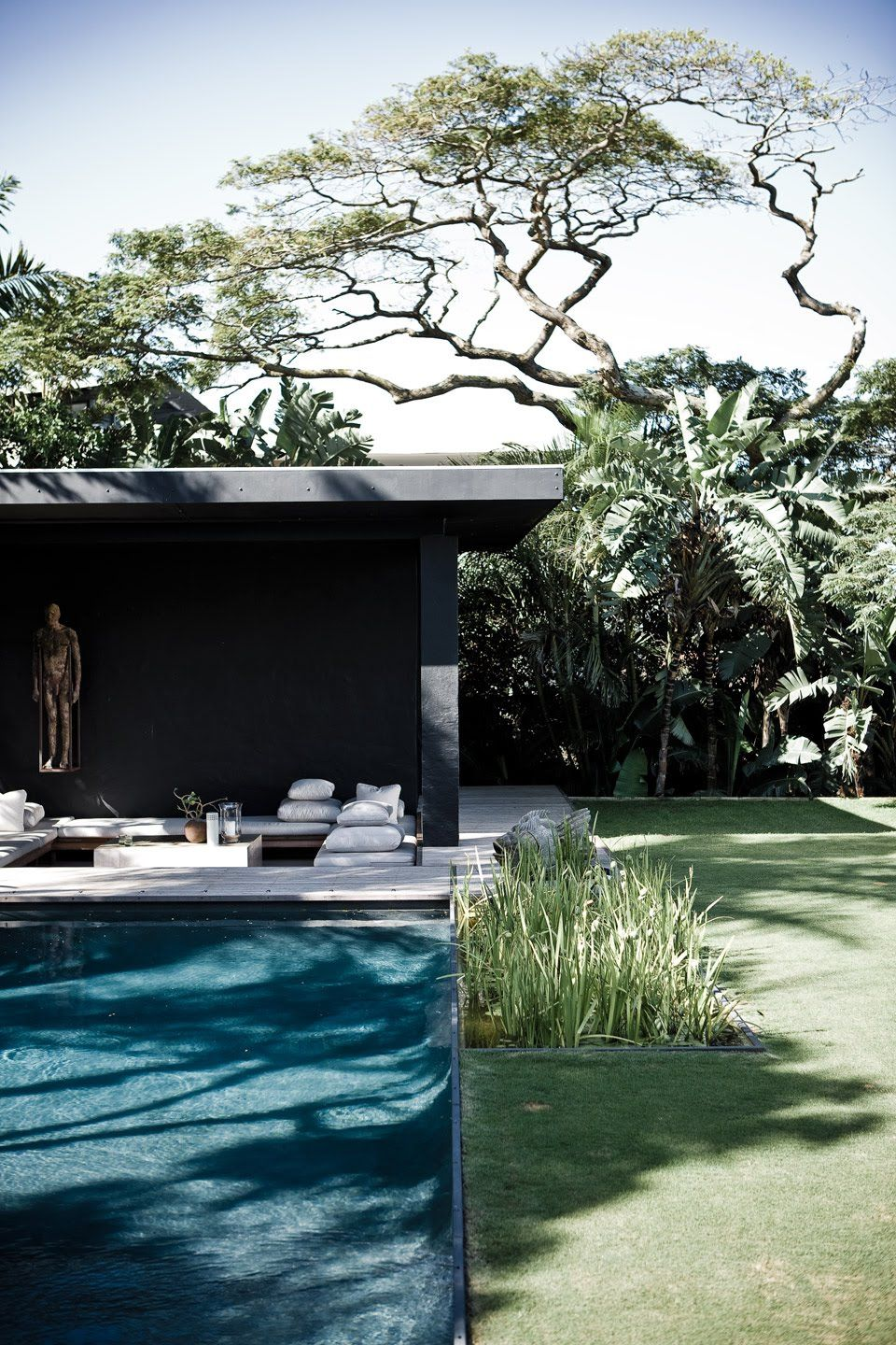 Home Of Architect Joy Brasler In Durban South Africa Backyard Pool Backyard Outdoor Design