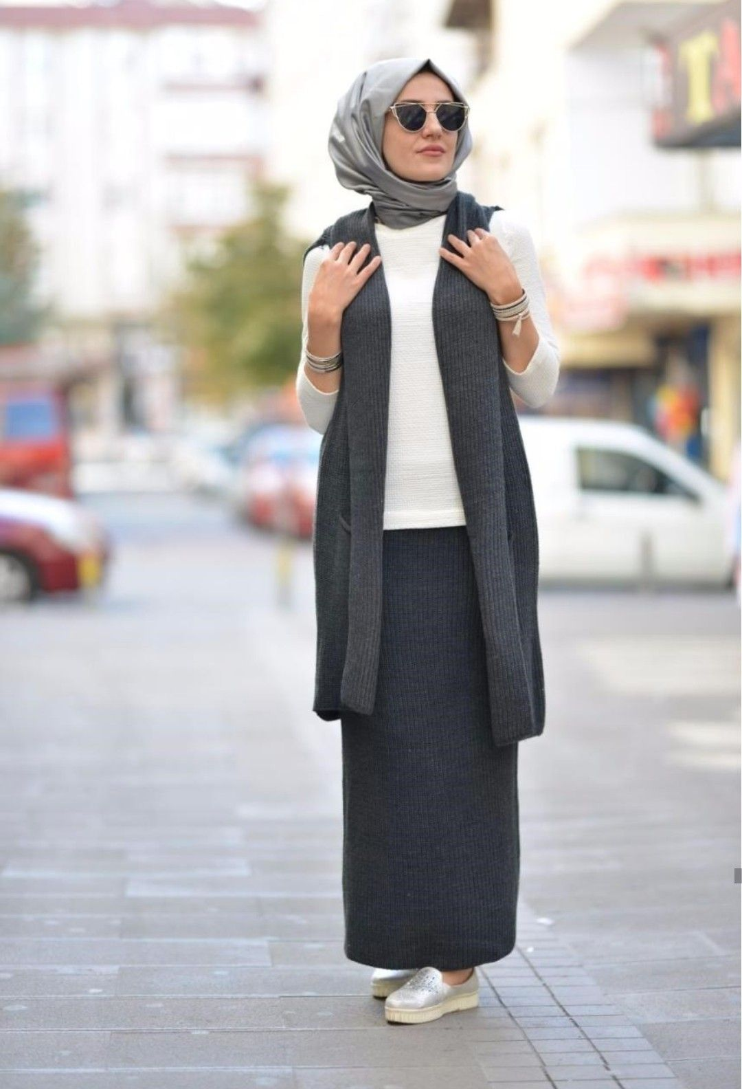 Pin by suzane on vêtements pinterest hijab outfit modest
