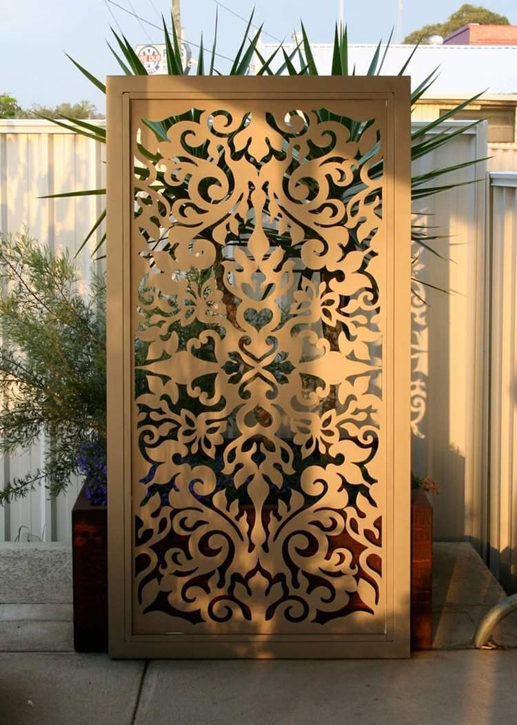 einteiliger paravent aus metall mit orientalischen motiven garten pinterest orientalisch. Black Bedroom Furniture Sets. Home Design Ideas