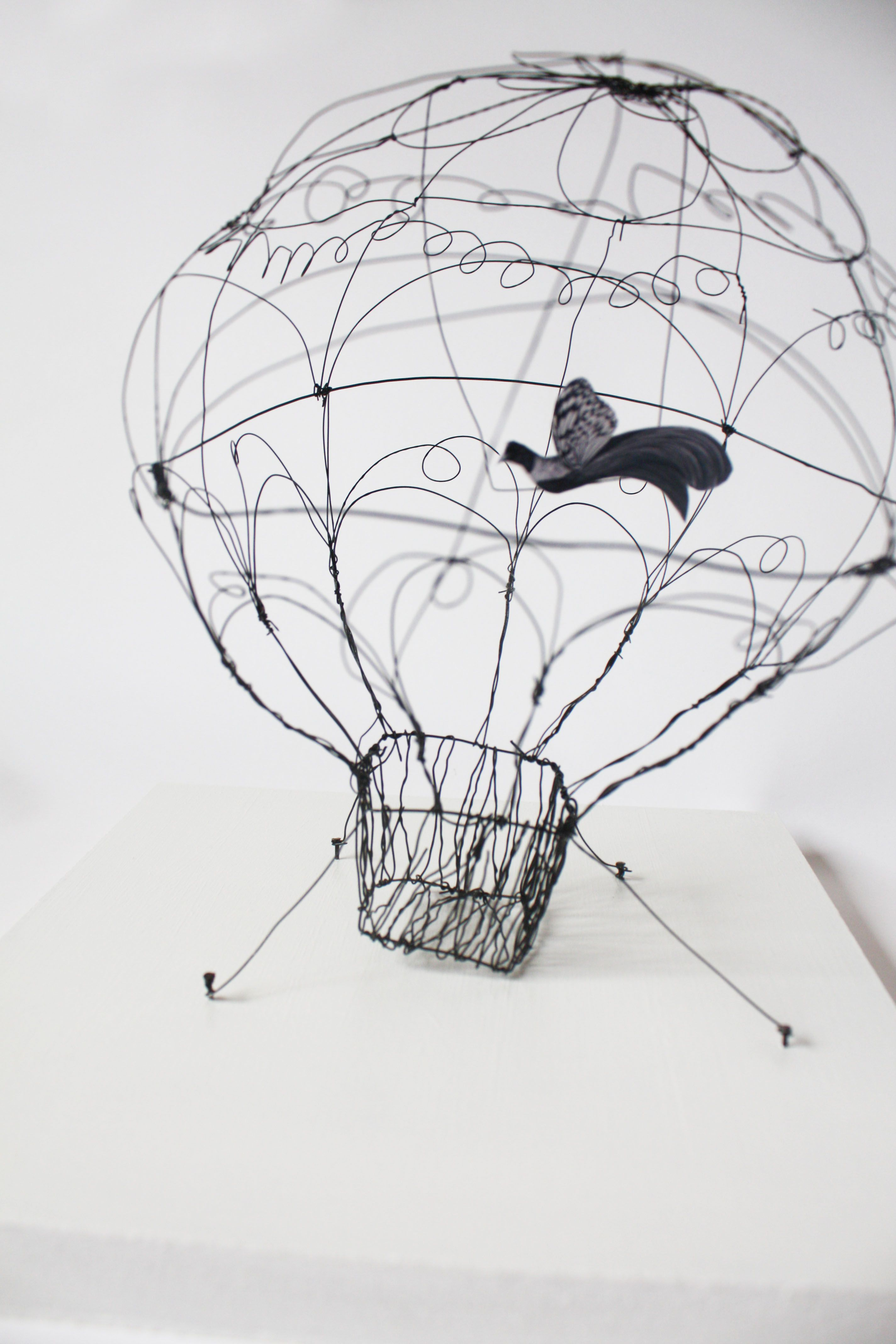 sculpture fil de fer au fil d 39 un trait pinterest fil de fer fil et sculpture. Black Bedroom Furniture Sets. Home Design Ideas