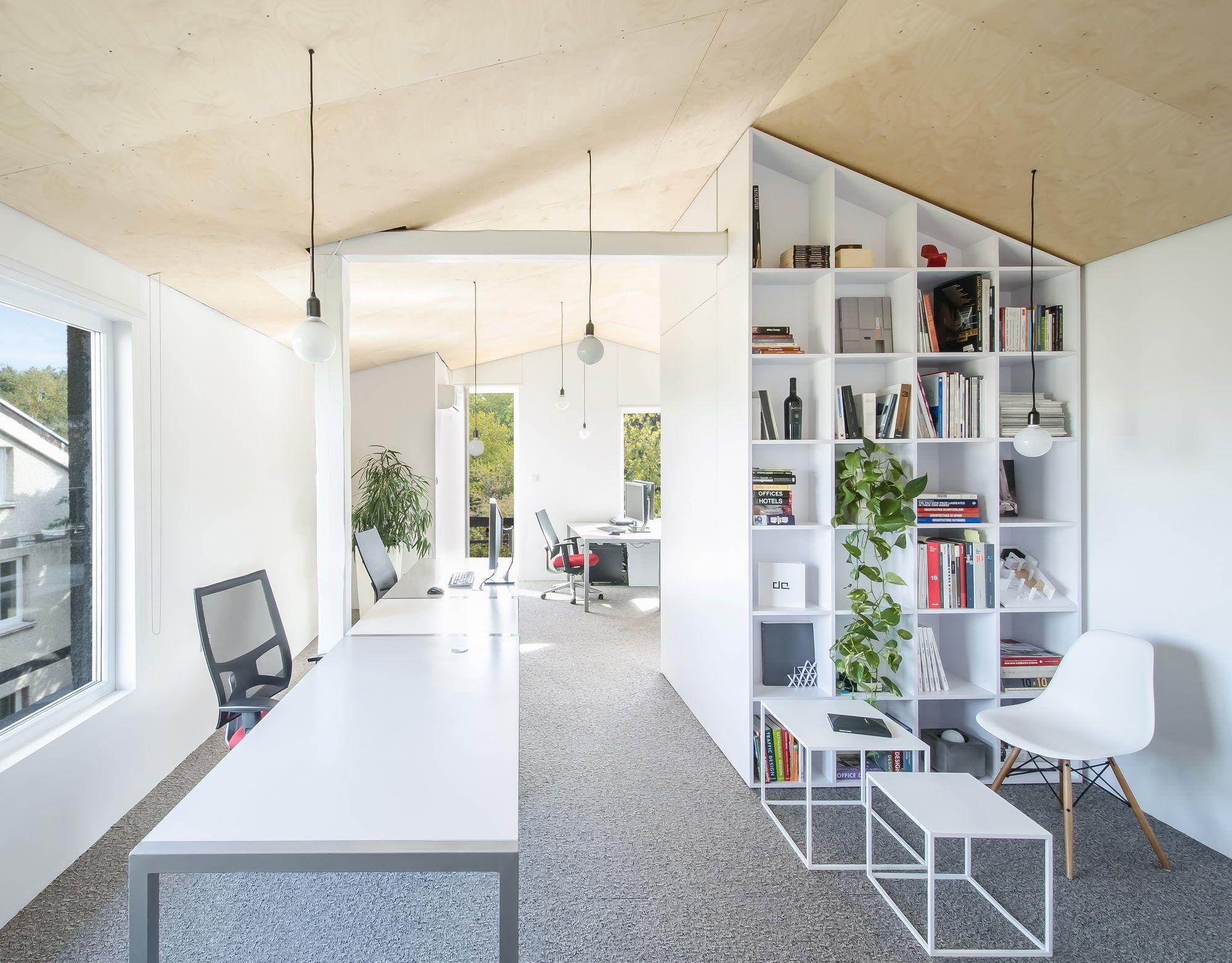office da architects. home like office space of da architects da h